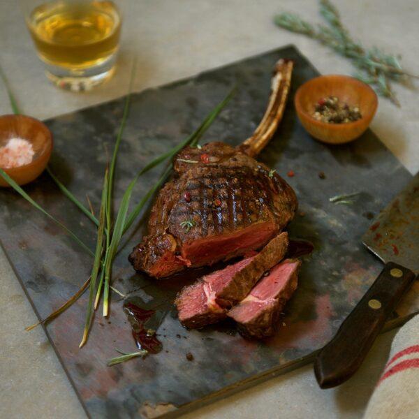 650f60bcd5c403fe580896eeaf1ed78b7c348752 600x600 - Buffalo Cowboy Steak